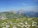 le-mont-aiguille-et-le-grand-veymont-depuis-la-montagnette
